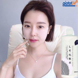 nước hoa hồng tía tô perilla natural skin lotion có tốt không